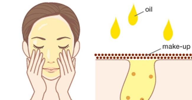 Sử dụng dầu tẩy trang