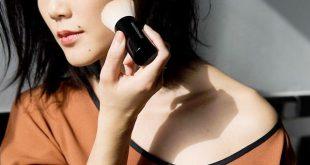 Kem trang điểm dành cho da nhờn