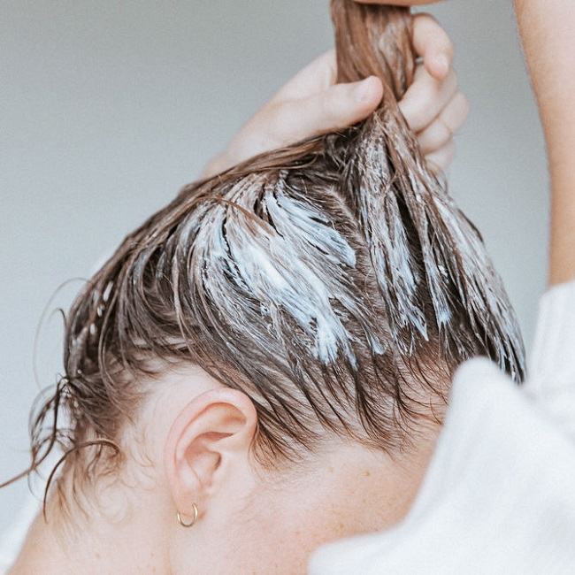 Cách chăm sóc tóc ngày đông hiệu quả nhất