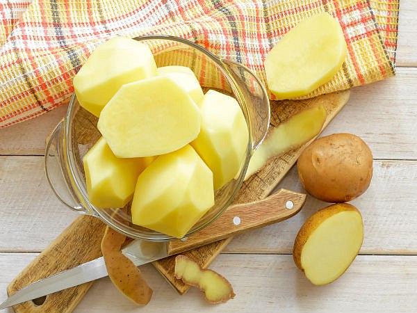 Mặt nạ trị thâm mụn nhanh nhất từ thiên nhiên bằng khoai tây