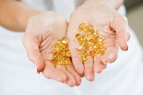 Cách trị thâm nách tại nhà hiệu quả bằng vitamin e