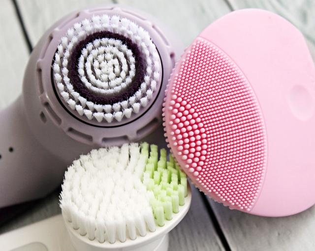 Cách sử dụng máy rửa mặt lâu bền